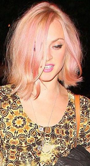 Madonna showing off her primrose color.