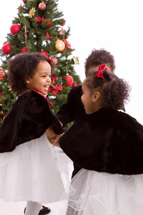 Kids_whitedresses_holiday