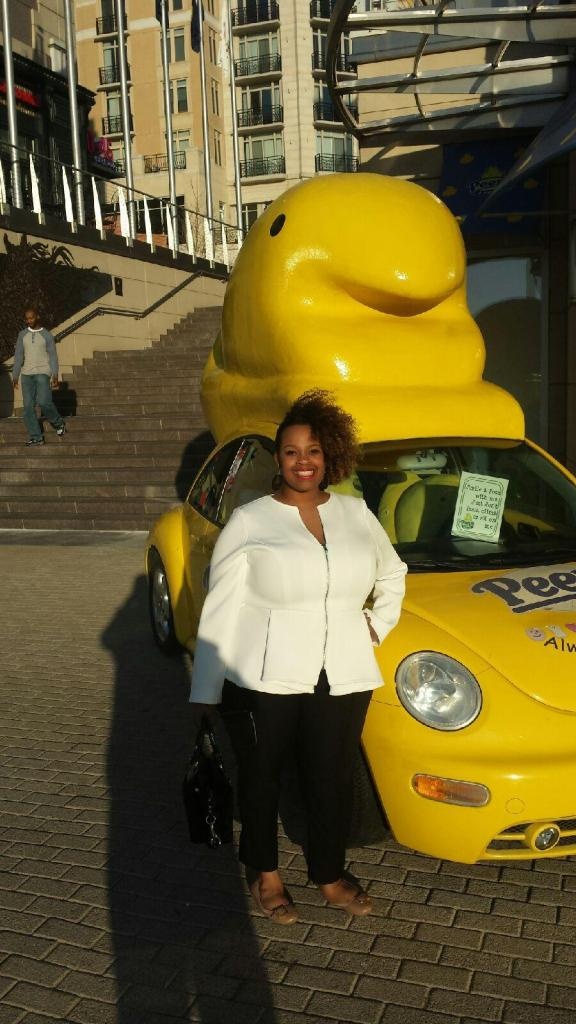 I love peeps and the National Harbor is home to the first ever Peeps store. When I saw this car I had to get a picture with it.